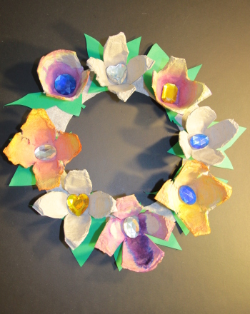 educational craft ideas egg flower wreath activity education 1944